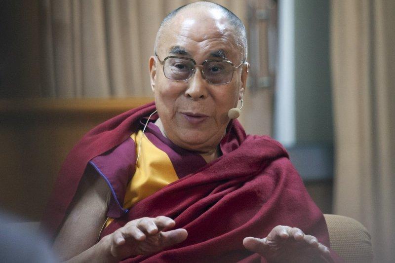 達賴喇嘛11月於達蘭薩拉住處(美聯社)