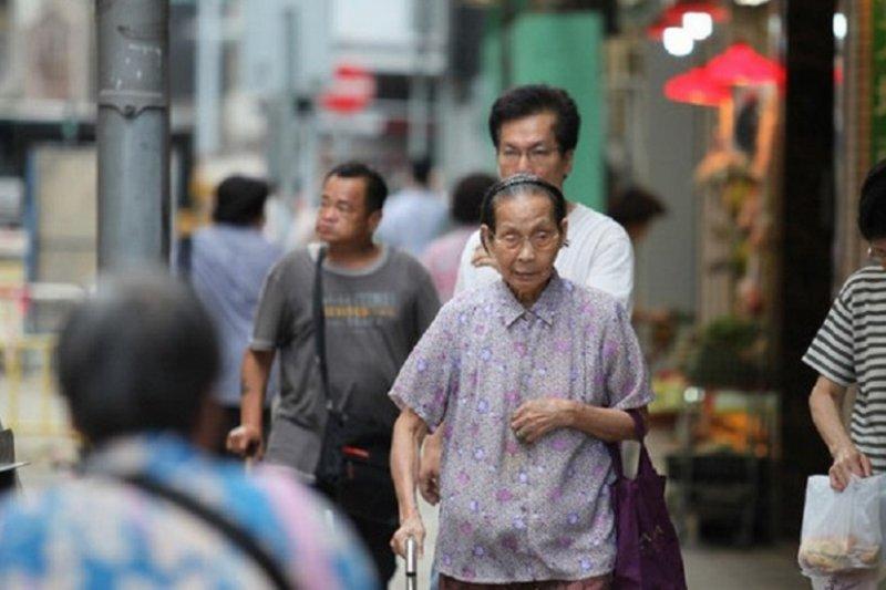 大陸高物價,也讓不少老人回流香港養老。(新華網)