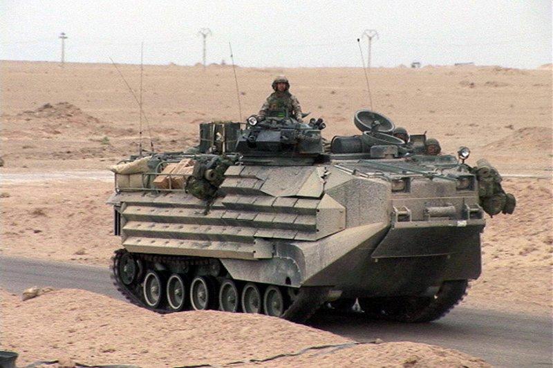 AAV-7兩棲突擊載具。(維基百科)
