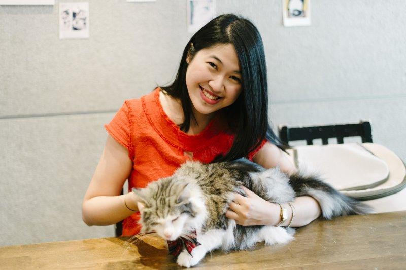 Leslie認為,每隻貓都是用自己覺得最舒適的距離,來和這個世界、和人類相處(圖/時報出版提供)