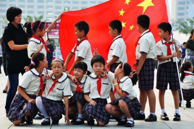 看似純真的中國小學生,已經會喊著要「殺光日本人」(圖非當事人/AndrejIliev@flickr)