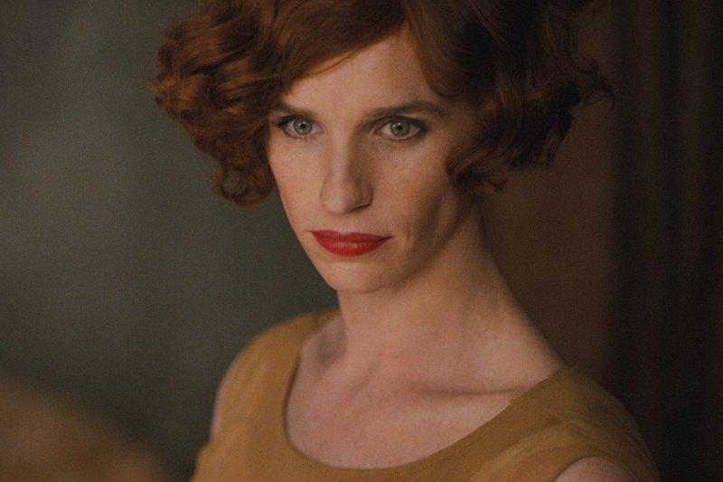 艾迪瑞德曼(Eddie Redmayne)在《丹麥女孩》中飾演之跨性別角色。(資料照,美聯社)