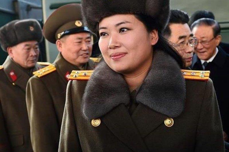 牡丹峰樂團的團長玄松月來到北京,據傳她曾經是北韓最高領導人金正恩的女友。(取自網路)