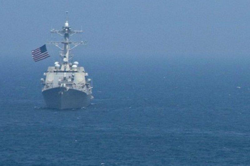 美國三名國防部官員表示今年內或不再派遣軍艦前往中國南海島礁12海里內航行。同時,也有匿名官員表示,下次航行將在明年1月進行。(BBC中文網)