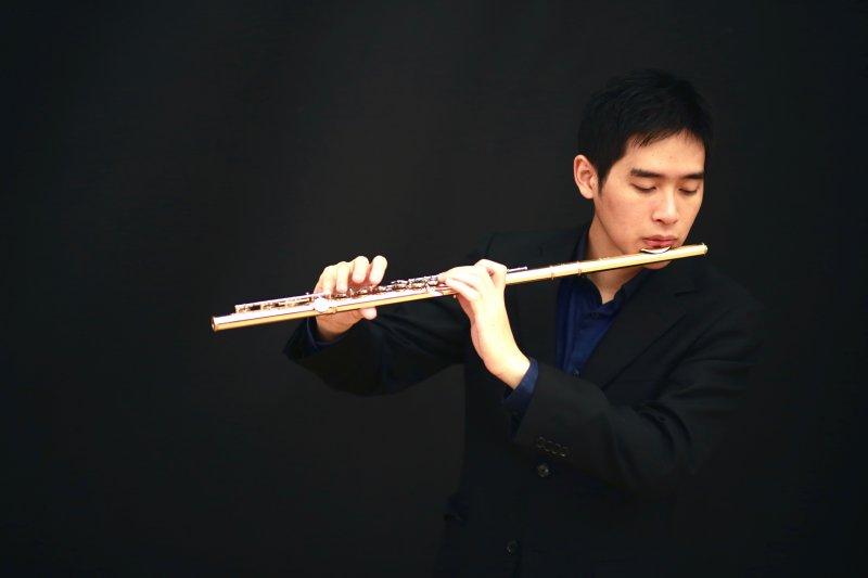 洪健鈞目前師從知名演奏家,在德國精進自己的演奏能力。(圖/洪健鈞提供,Photo by Sudi)