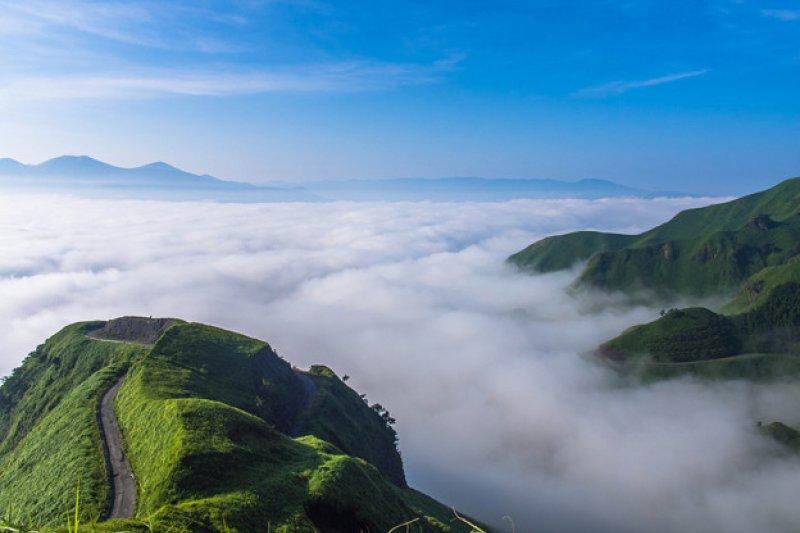 多山的日本,擁有許多驚人的絕美秘境。(圖/スガ@Photozou)