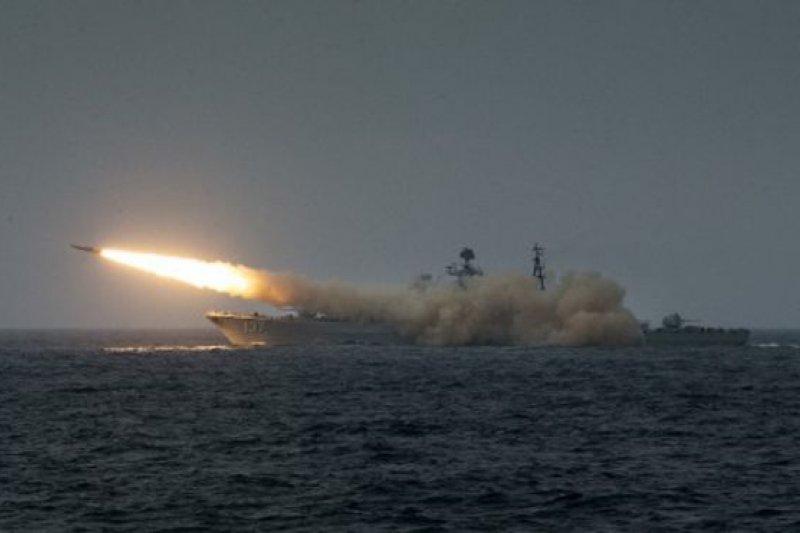 中國在南海頻繁軍演是對美國的回應,意在向美國表示中國對待南海問題是嚴肅的。(BBC中文網資料圖片)