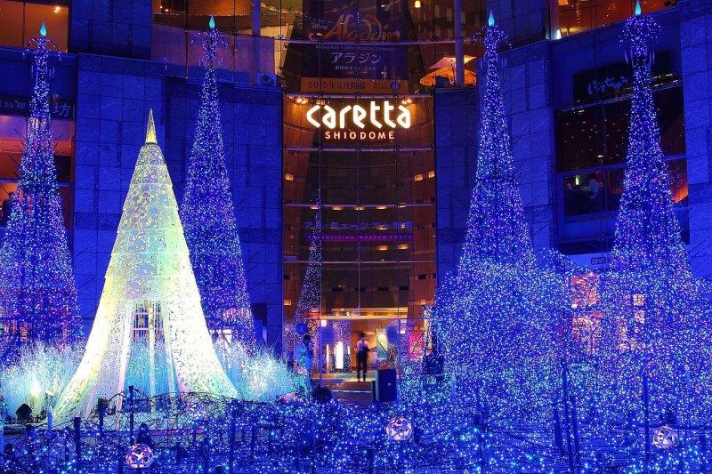 日本Walker票選出今冬最具討論度的十大點燈夜景(圖/Kakidai@wikimedia.com)