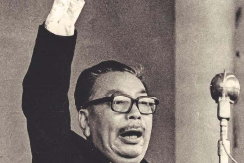 作者表示,解嚴走到現今32年,台灣民意開始檯面化討論國家定位問題。(資料照,時報出版提供)