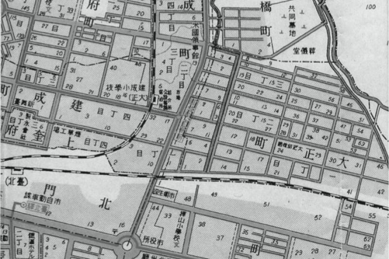 這裡過去是高官的住宅區,直到今日還是充滿濃濃的日本風情(圖/遠足文化)