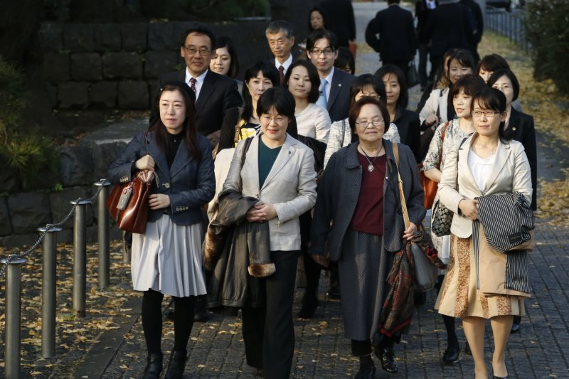 日本企業超過8成多表示徵才困難,台灣則有7成企業說徵才困難。(資料照片,美聯社)