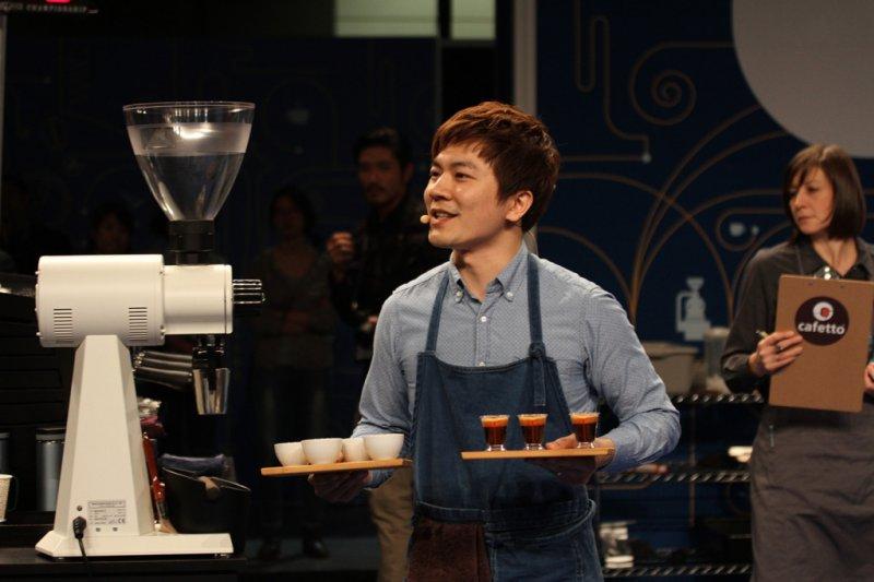 Berg參加2015 WCE世界盃咖啡大師比賽。