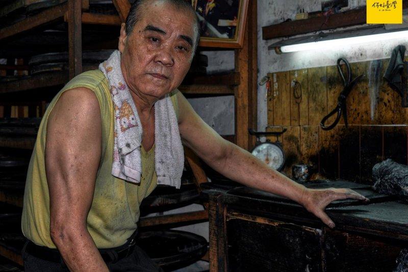 臺灣國寶級手工製墨大師陳嘉德堅持一生的匠心精神。