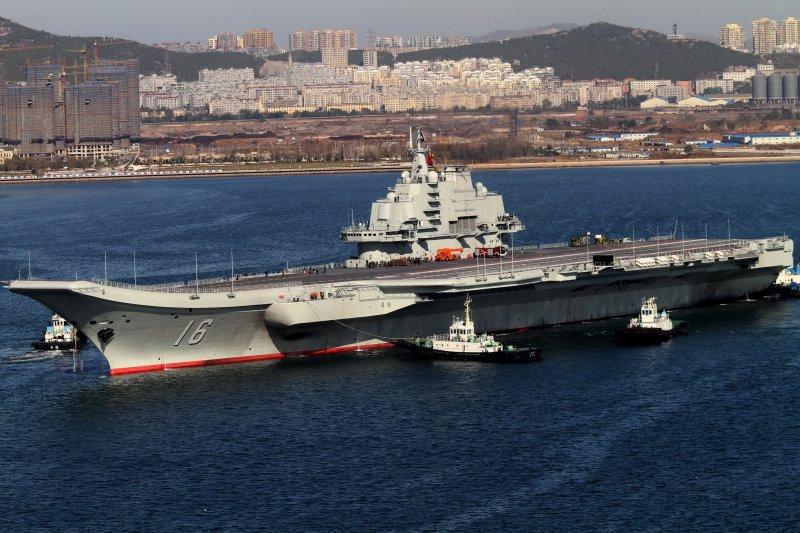 中國第一艘航空母艦「遼寧艦」(美聯社)
