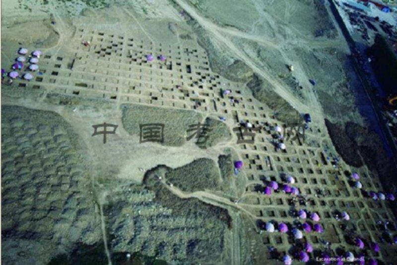 中央研究院院士臧振華與南科考古團隊,奪下「世界考古論壇」頒發的「考古發現獎」。圖為考古發掘現場。(取自中國考古網)