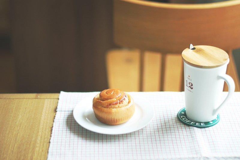 每個進咖啡店的人都有自己的理由(圖/Helen.Yang@flickr)