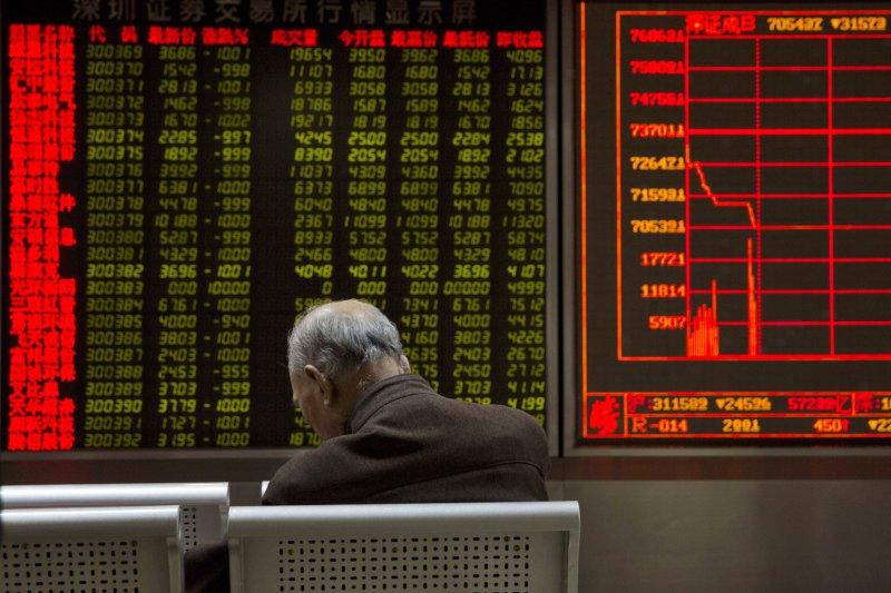 中國經濟成長顯著減緩,引發全球股災。(美聯社)