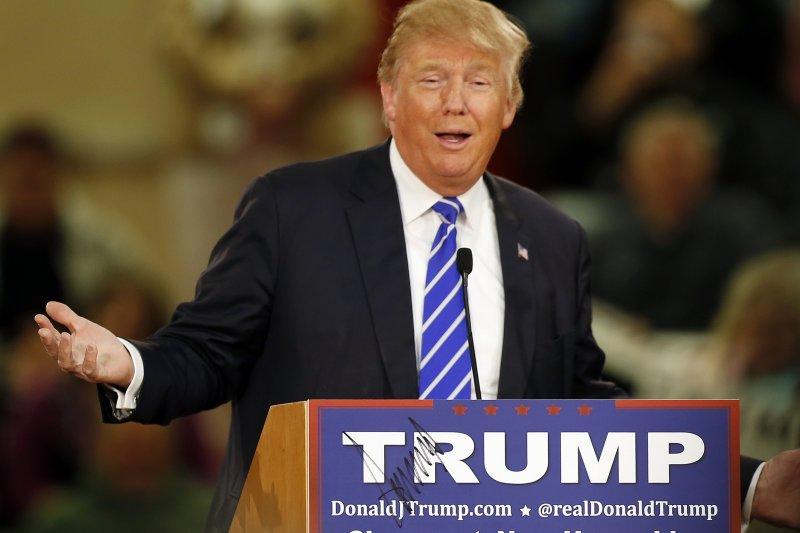 川普許多的言論,受到美國知識份子的許多的噠伐,可是他的民調據高不墜。(美聯社)