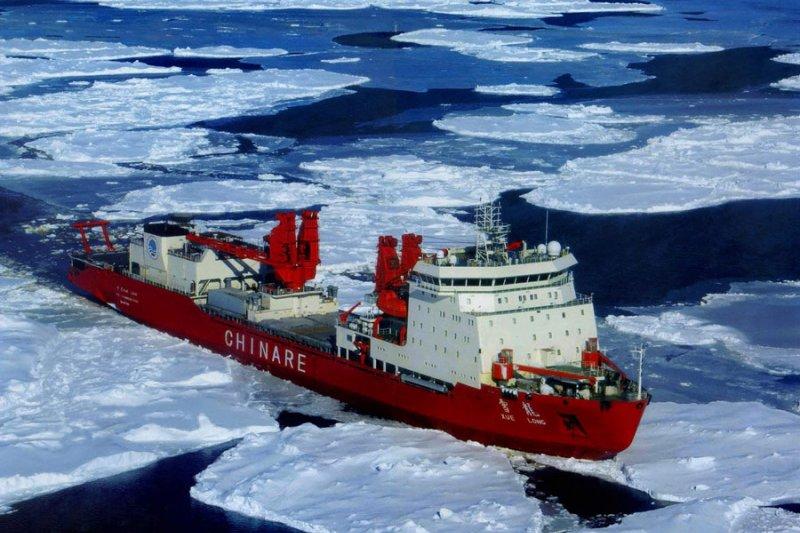 中國南極科考船雪龍號(新華網)