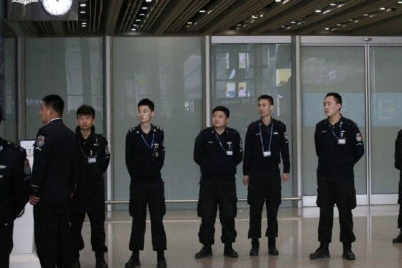 據稱這名瑞典公民在北京首都機場被帶走。(BBC中文網資料照)