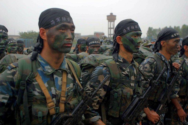 一九二八年,來自鴉片的歲收讓中國的軍隊屹立不倒。圖為中國海軍陸戰隊。(維基百科)