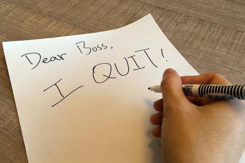 離職可不是寫完辭呈就結束,如何為自己的工作畫下完美句點有很大的學問!(圖/郭丹穎)