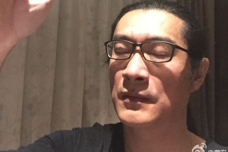長居中國的藝人黃安(見圖)批評台灣沿用「武漢肺炎」名稱是「民族敗類」,對此,法醫高大成狠酸黃安「你回去試試看」。(取自黃安微博)