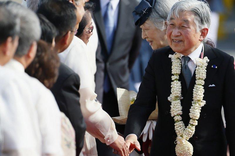 明仁天皇2016訪問菲律賓。(美聯社)