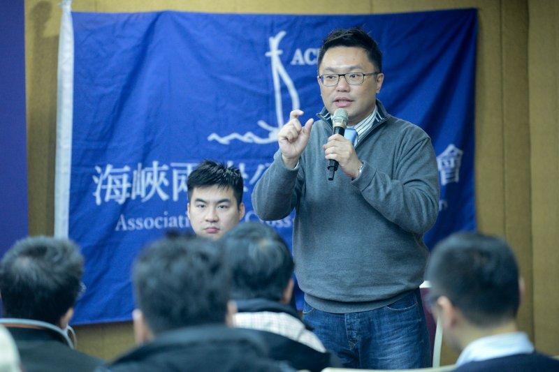 567大聯盟、國民黨青年團體29日舉辦「開放聯盟」(OPEN KMT)論壇,圖為國民黨五六七聯盟發起人的張斯綱。(林俊耀攝)