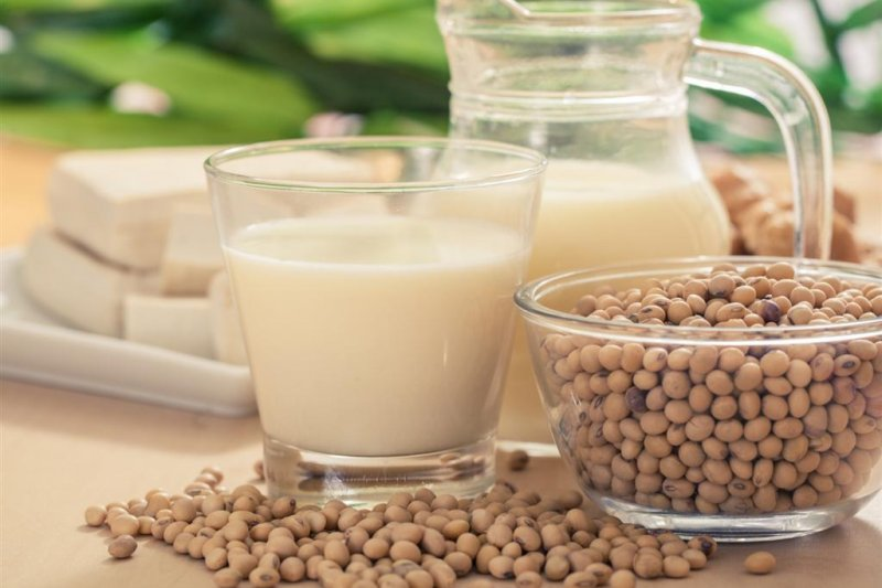 其實黃豆與豆製品的鈣含量是天差地遠,光喝豆漿是不可能補到鈣質的!(圖/食力提供)