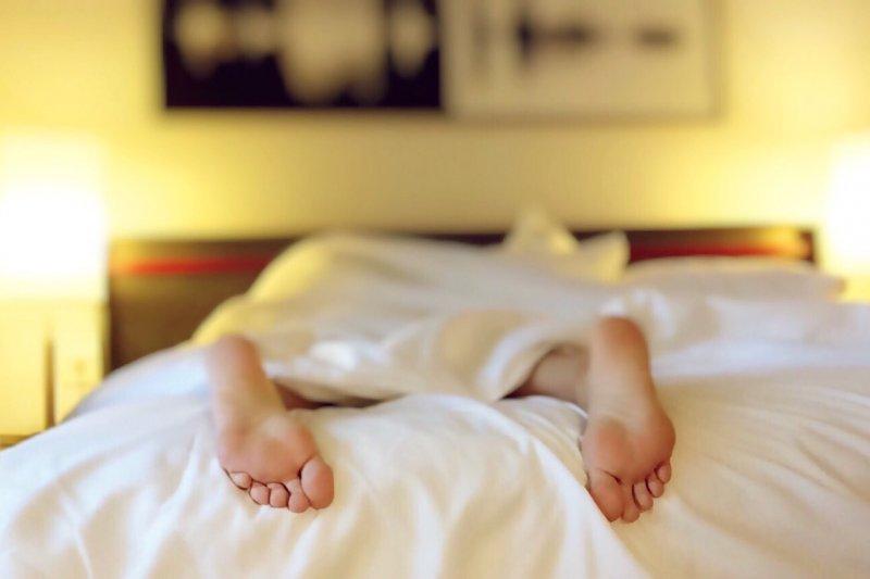 躺太久懶洋洋的嗎?讓棒式運動喚起核心肌群(圖/Wokandapix@pixabay)