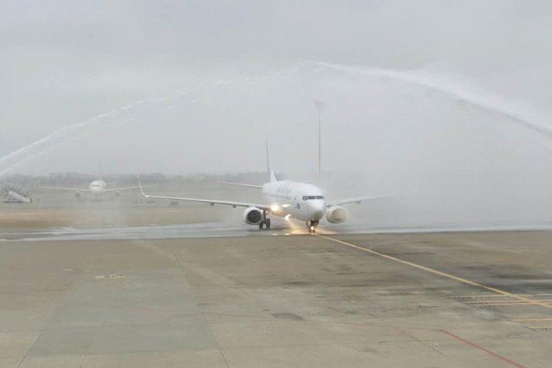 帕勞航空於2016年1月30日開闢台北-帛琉直飛航線,採用波音737-800客機執飛。圖/帕勞百悅旅行社提供