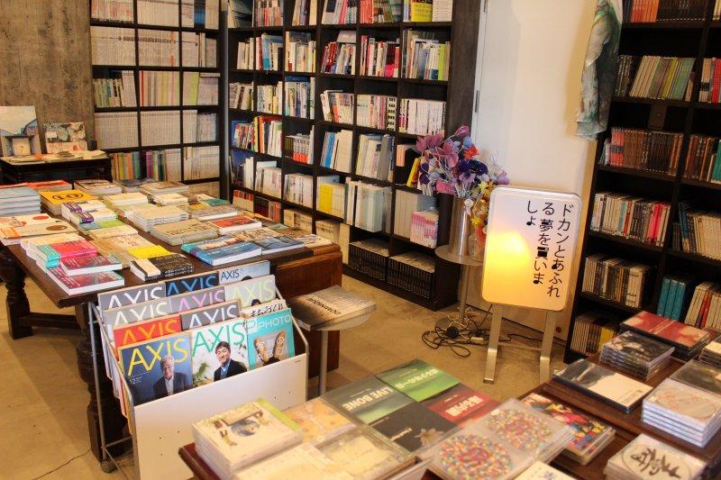 BankArt1929除了作為美術展覽館之用以外,更讓橫濱市民融入這個公共空間而產生互動。(圖/作者提供)