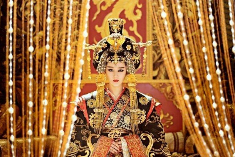皇帝後宮可以有三千佳麗,「一代女皇」廣蓄男寵,又有什麼不對?(圖/武媚娘傳奇@facebook)