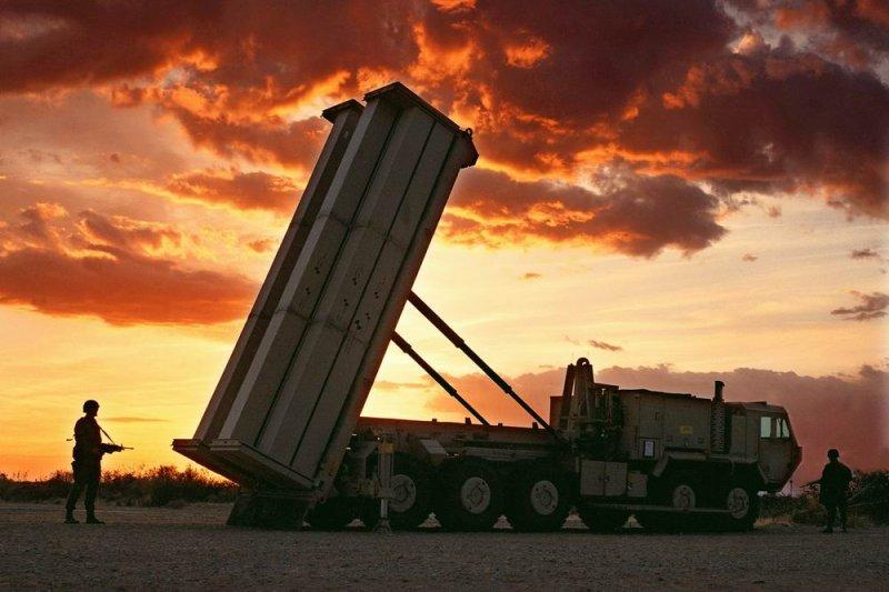 戰區高空防禦系統」(Terminal High Altitude Area Defense,THAAD)(維基百科)