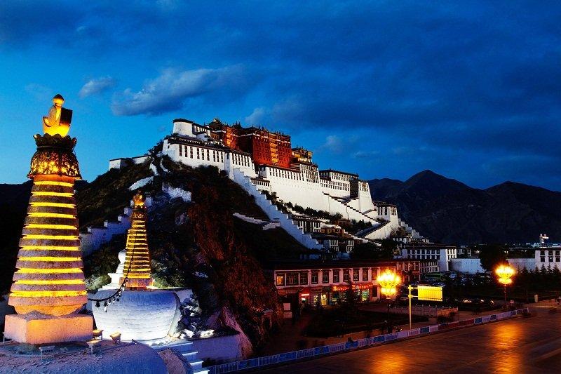 西藏。(攜程網)