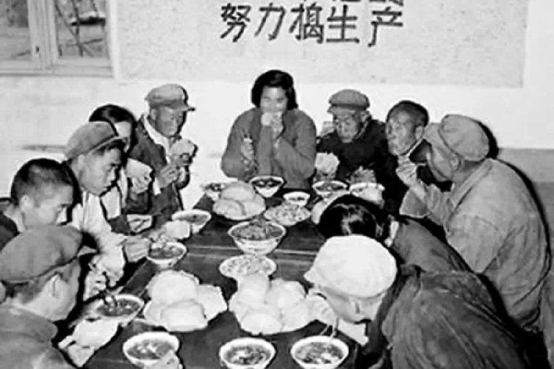 楊繼繩曾在採訪中表示,「罪魁禍首是毛澤東」。(取自網路)