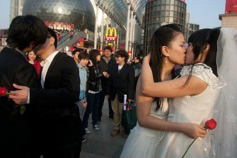 表現同性戀題材的作品在中國仍然十分敏感(圖/BBC中文網)