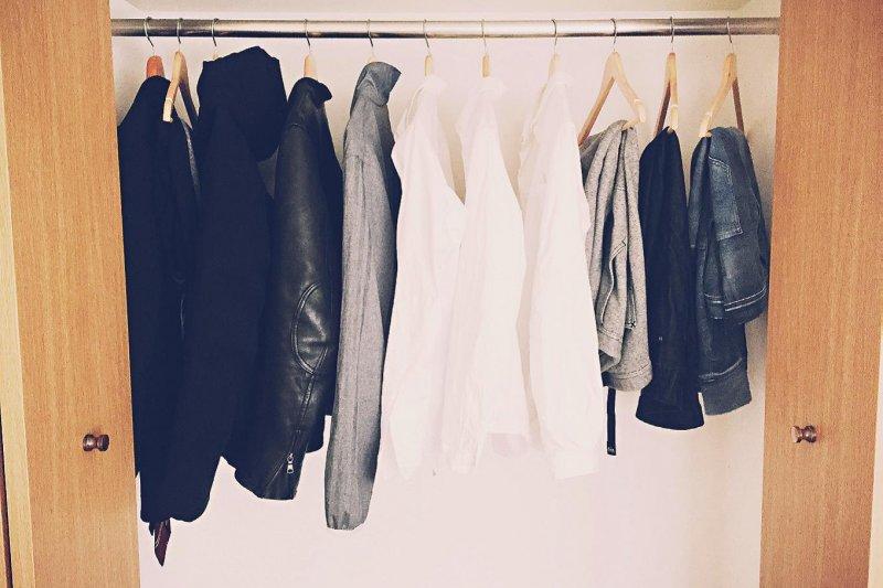 市面上的羽絨服輕便、保暖,是許多人冬天衣服的選擇。(資料照,圖/三采文化集團提供)