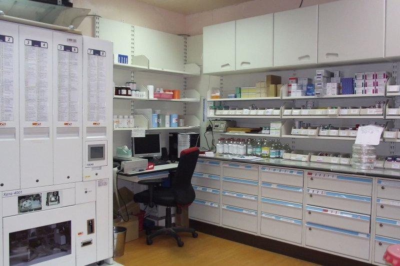 衛福部健保署近日決議先取消給付維骨力等含葡萄糖胺成分的31項藥品,作者以藥師立場提出看法。(資料照,取自台北榮總玉里分院網站)