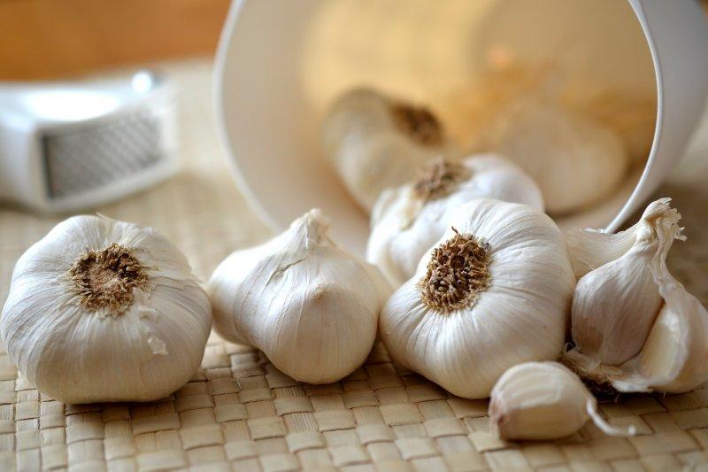 正常人吃壯陽藥,大蒜的臭味竟能防失智!日本腦神經醫師教你在家自製天然防呆妙方