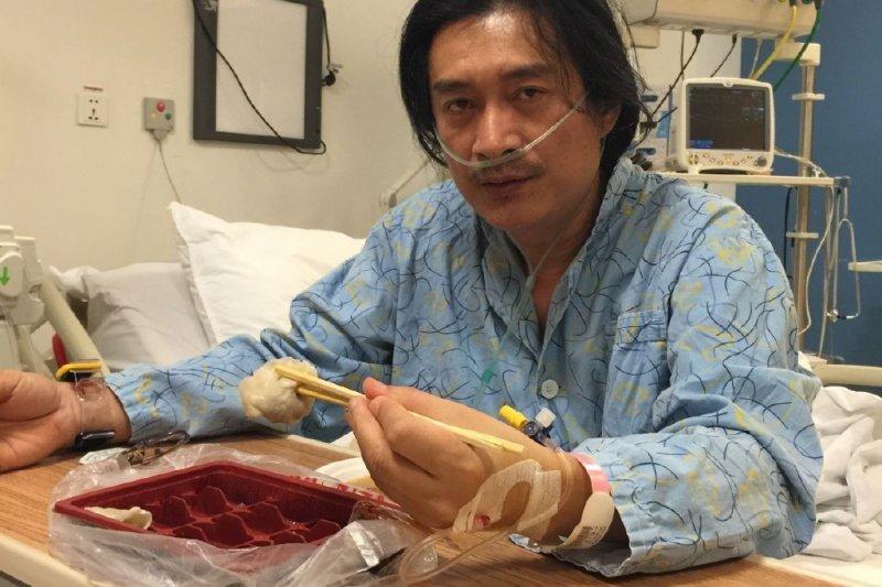 長住中國的藝人黃安14日在微博痛批,仍稱「武漢肺炎」的港、台是「民族敗類、野心份子」。圖為黃安日前在微博貼出住院的照片。(資料照,取自黃安微博)