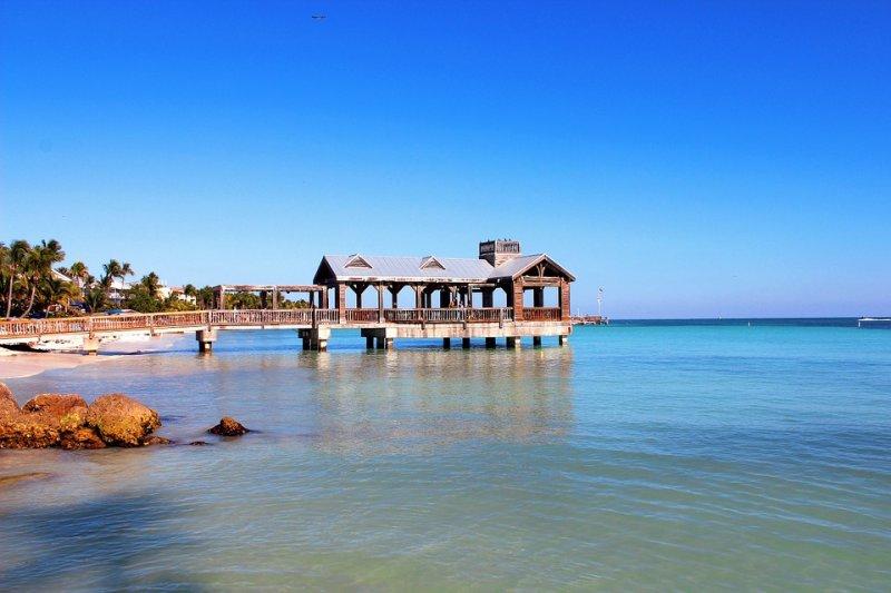 美國最南端的島嶼:西匙島,海明威筆下的零英哩處(取自pixabay網站)。