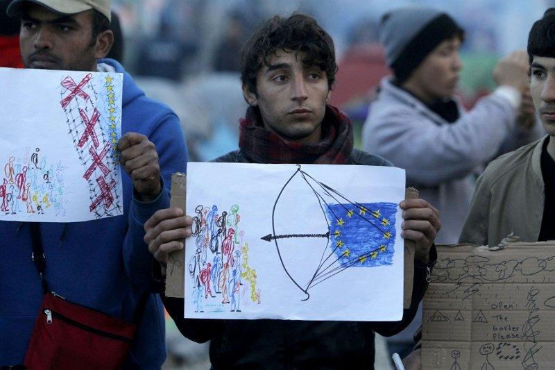 在希臘的難民抗議歐盟達成的移民轉置協議(美聯社)