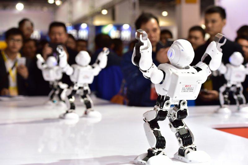 名為「阿爾法」的人形機器人(新華社)