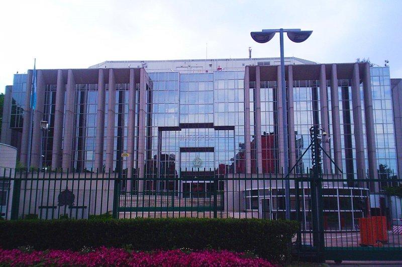 國際刑警組織(INTERPOL)位於法國(Lyon)的總部(維基百科)
