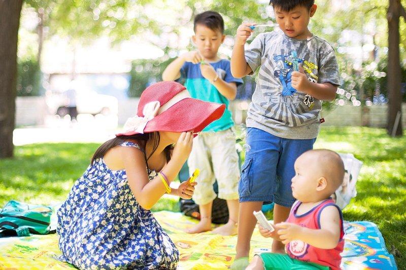 孩子在家裡表現都很乖,為什麼到學校就被老師說怪怪的?(圖/kiwi huang@flickr)