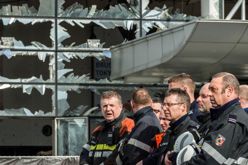 比利時機場22日受到爆炸攻擊(美聯社)