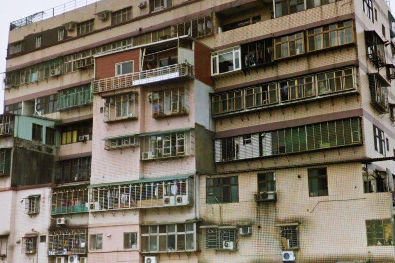 空間不夠,為什麼不能把牆打掉、陽台往外推?(圖/準建築人手札網站 Forgemind ArchiMedia@flickr)