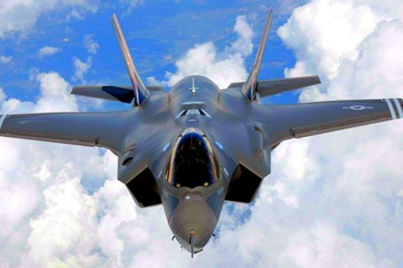檢方起訴書稱,蘇斌盜取的軍事機密情報,包括美軍F-35戰機的敏感資料。(BBC中文網資料圖片)